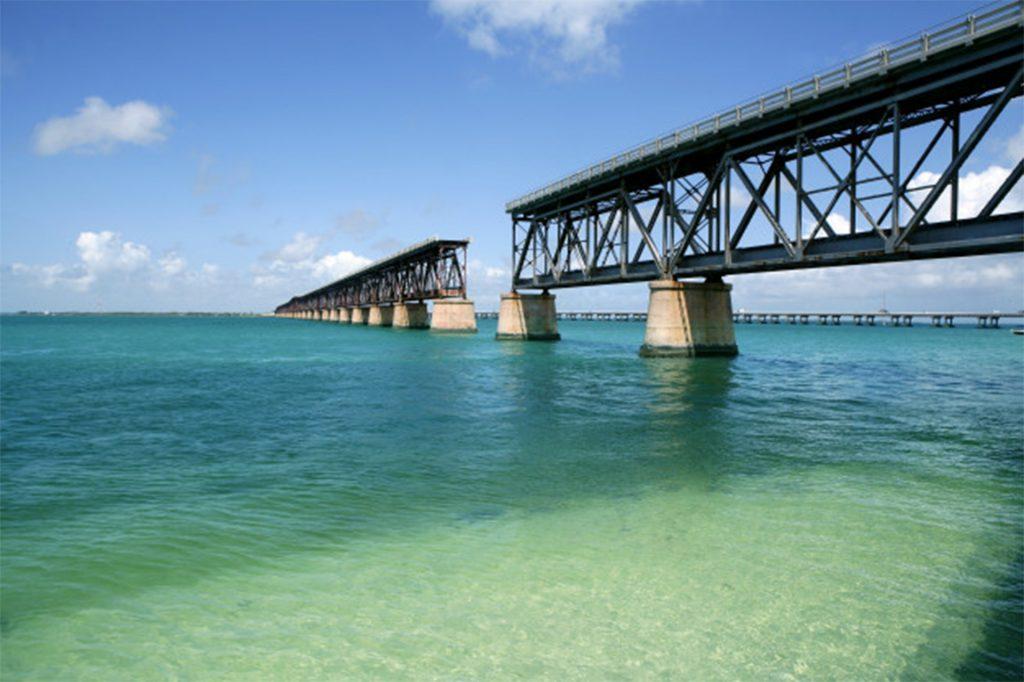 Florida Keys.  #floridakeyswithkids #floridakeysvacation #miamiwithkids #floridakeystripwithkids #keywestwithkids #floridakeysfishing #floridakeystravelguide #keywestfloridawithkids #funthingstodowithkidsinfloridakeys