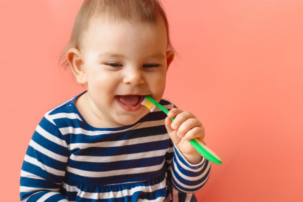 When should you start brushing your baby's teeth?  #howtobrushyourtoddler'steeth #howtobrushyourtoddlerteeth #howtobrushmytoddler'steeth #howtobrushmytoddlersteeth #howtobrushatoddlersteeth